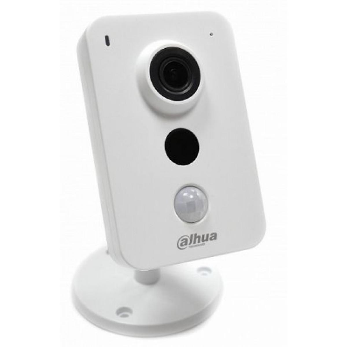 Camera IP Wifi Dahua DH-IPC-K15P – Hàng chính hãng