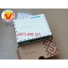 Mikrotik RB750Gr3 modem công suất cao cân bằng tải gộp băng thông